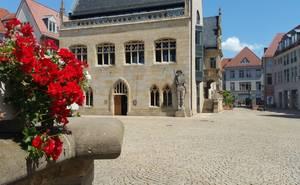 Rathaus mit Roland am Holzmarkt