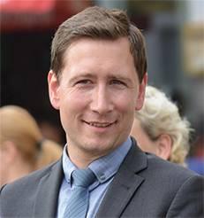 [(c): Holger Wegener]