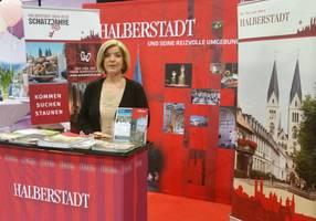 [(c): Halberstadt Information]