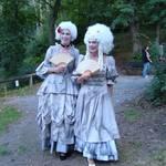 Barocke Damen - Foto: Roswitha Hutfilz