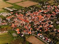Der Halberstädter Ortsteil Aspenstedt aus der Vogelperspektive.