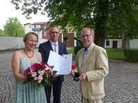 Stadt ehrt Theaterpädagogin Anja Grasmeier mit Verdienstmedaille