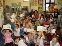 """Schüler der Grundschule """"Goethe"""" feiern ihren Bibliotheksführerschein"""