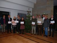 Adventsloskalender-Aktion: Zehn Vereine freuen sich über jeweils 400 Euro