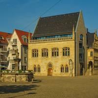 Holzmarkt mit Rathaus, Halberstadt