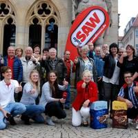 Gemeinsam haben die Mitarbeiter und Stadtführer der Halberstadt Information mit dem Radio SAW-Team den Morgen bei Kaffee, Brötchen und guten Gesprächen verbracht.