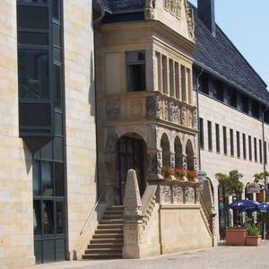 Stadtverwaltung Halberstadt - Rathaus mit Ratslaube