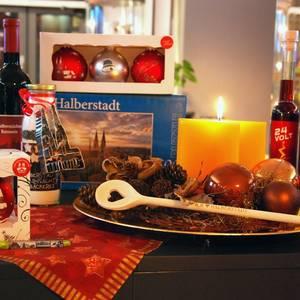 Weihnachtssouvenirs aus Halberstadt mit städtischen Motiven [(c) Stadt Halberstadt, Tourist Information]