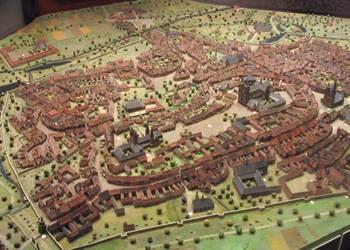 Historisches Stadtmodell, im Auftrag des Geschichtsvereins von Regierungsbaurat Erich Wolfram 1937 im Maßstab 1:500 für das Städtische Museum angefertigt [(c) Städtisches Museum Halberstadt]