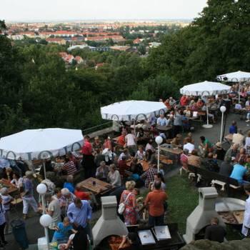 Blick auf die Schlossterrasse - Foto: Peter Windhövel