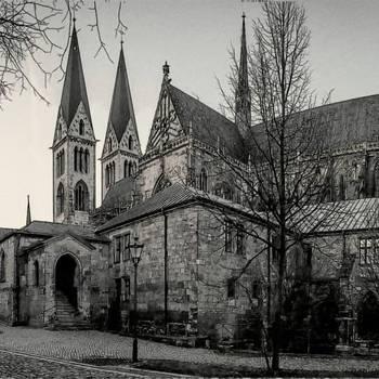 Halberstadt, Dom in schwarz weiß - Karsten Hebbel