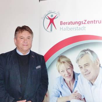 Nutzen Sie die Chance und lassen Sie sich professionell und kostenfrei beraten! Als kompetenter Berater konnte Herr Uwe Witczak gewonnen werden.