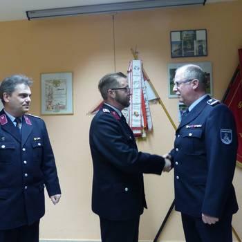 Neuer Stadtjugendfeuerwehrwart ist Torsten Bache (Mitte). [(c): Ute Huch]