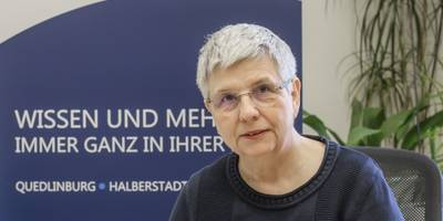 [(c): Daniel-Kühne]