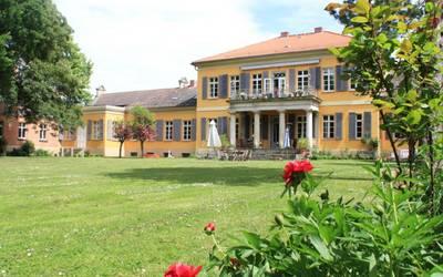 Gutshof Mahndorf