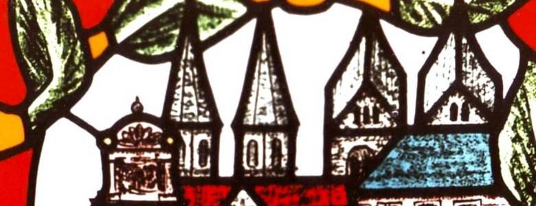 Erleben Sie die Faszination der Halberstädter Glaskunst auf Ihrem Weg durch die Kirchen der Stadt [(c) Birk Losert]