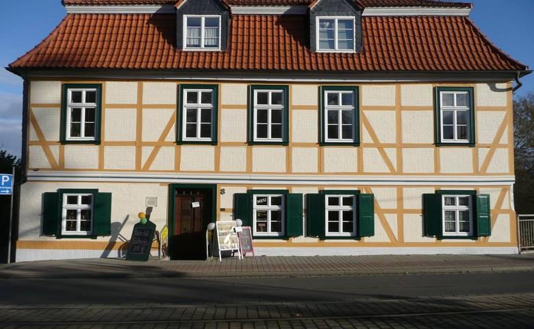 Braunschweiger Straße 8