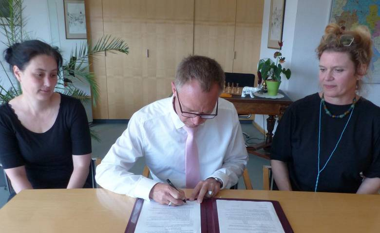 Vereinbarung zur Unterstützung der III. MKH Kunstbiennale unterzeichnet [(c) Stadt Halberstadt, Pressestelle]