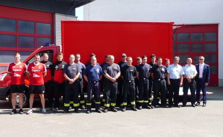 Neuer Gerätewagen ersetzt 23 Jahre alten Transporter bei der Feuerwehr [(c) Stadt Halberstadt, Pressestelle]