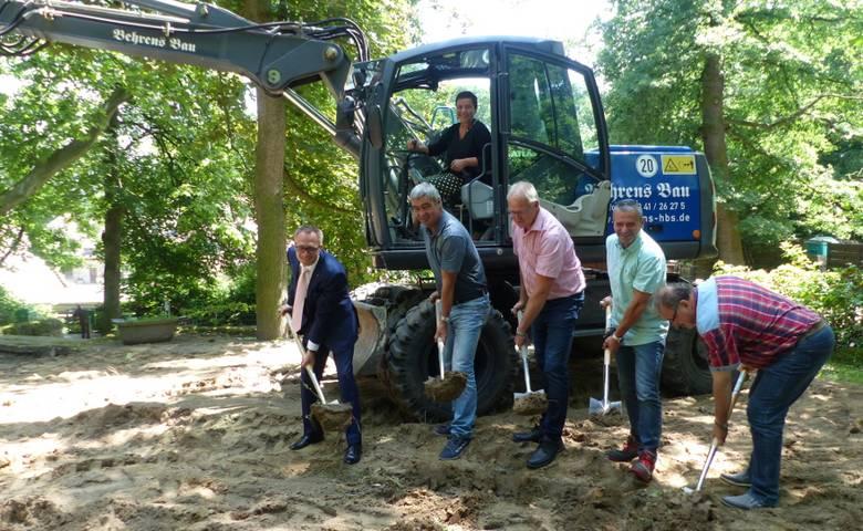 Erster Spatenstich für Neubau eines Verwaltungsgebäudes im Tiergarten Halberstadt erfolgt [(c) Stadt Halberstadt, Pressestelle]