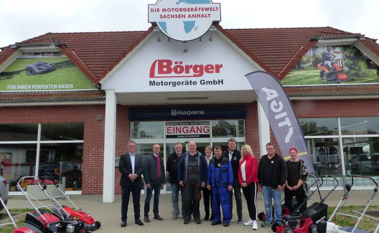 OB Henke zu Besuch bei Börger Motorgeräte GmbH Halberstadt [(c) Stadt Halberstadt, Pressestelle]