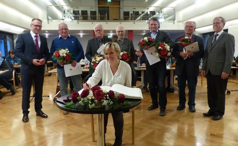 Dank und Abschied – Zehn Stadträte scheiden aus [(c) Stadt Halberstadt/Pressestelle]