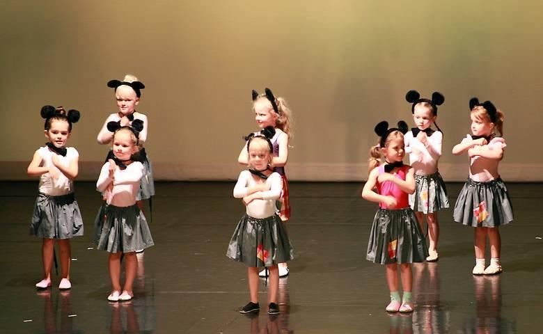 """Zauber des Tanzes 2019"" - Tanzgala der Tanzschule Toev [(c) Theresa Toev]"