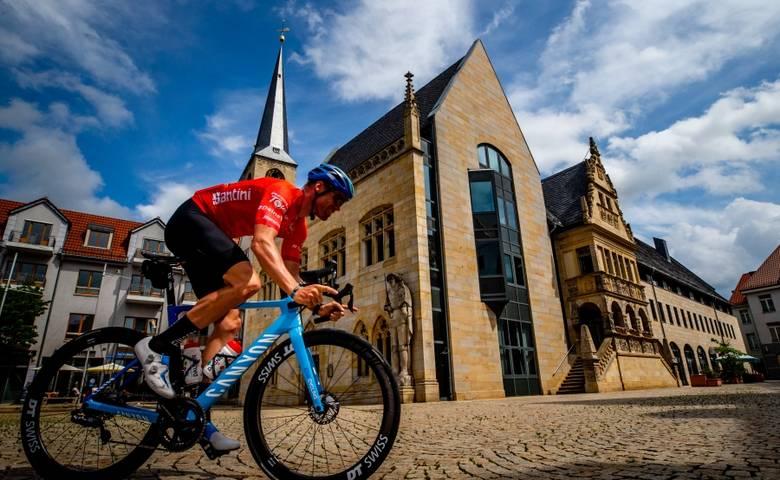 Deutschlandtour in Halberstadt [(c) ©Pixathlon Henning Angerer]