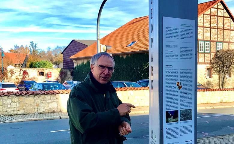 Geoparkstele in Athenstedt errichtet [(c) Stadt Halberstadt/Stadtverwaltung]