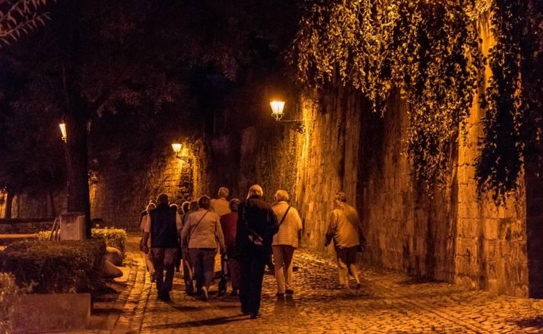 Romantischer Abendspaziergang durch die historische Altstadt [(c) Ulrich Schrader]