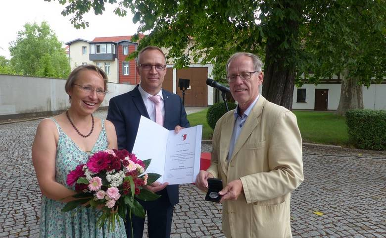 Stadt ehrt Theaterpädagogin Anja Grasmeier mit Verdienstmedaille [(c) Stadt Halberstadt/Pressestelle]