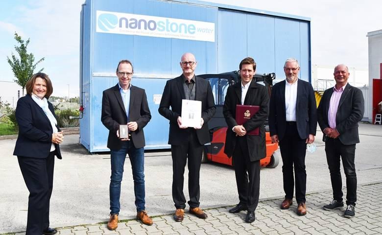besuch_nanostone.jpg [(c) Stadtmarketing/Pressestelle]
