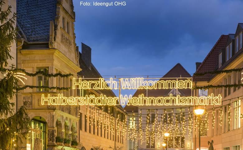 Halberstädter Weihnachtsmarkt, Blick zum Fischmarkt [(c) Halberstadt Information]