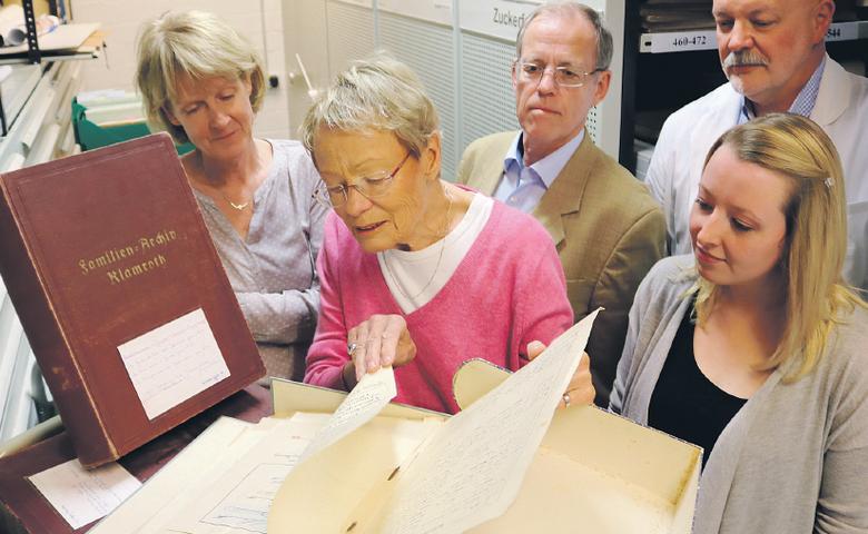 Wibke Bruhns übergibt Teile des Klamrothschen Archivs an ihre Geburtsstadt [(c) Gerald Eggert]