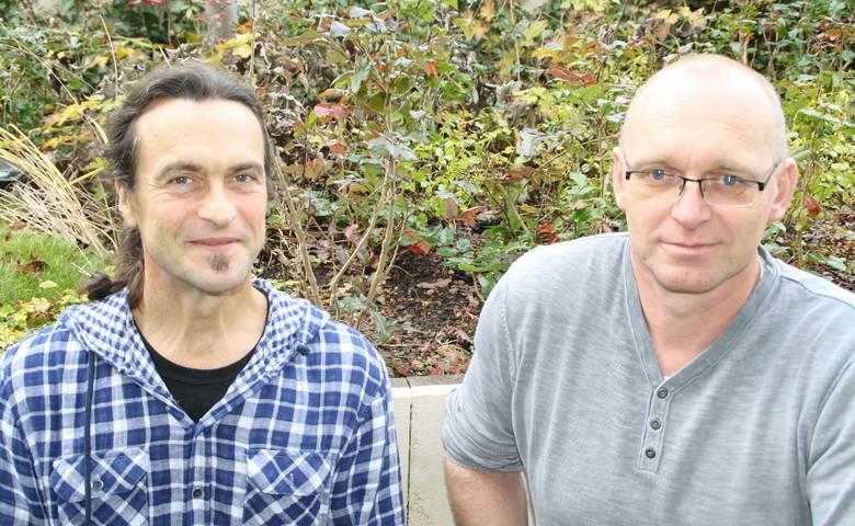 Arne Obermayr (links) und Markus Lohmann - Mitarbeiter der Abteilung Stadtgrün. [(c) Stadt Halberstadt, Ute Huch]