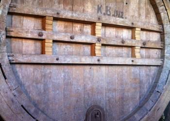 Tonneau à vin géant